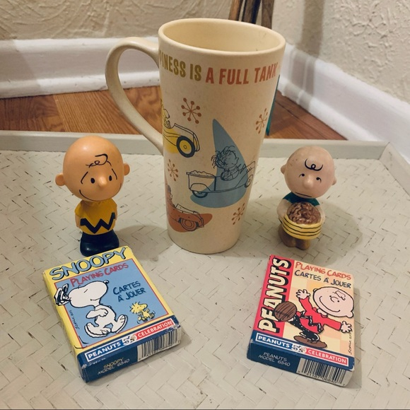 Vintage Charlie Brown Snoopy Peanuts 5 PC Set Hallmark &More Mug Statues Cards